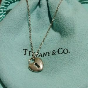 💙 Tiffany & Co. Mini Heart Lock Necklace💙